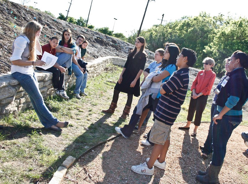 SEAK member teaches local middle school students about water conservation.