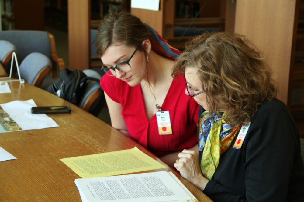 Kati Hellmer '19 and Star Varner studying at USPS Library.