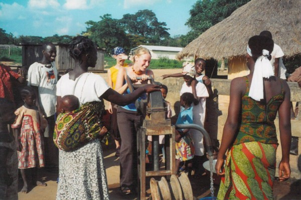 Erica Hogue Gannon '00 with Zorofla, République de Côte d'Ivoire villagers.