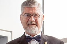 "H. Reginald ""Reg"" McDaniel '58, Distinguished Professional (Photo by Lance Holt)"